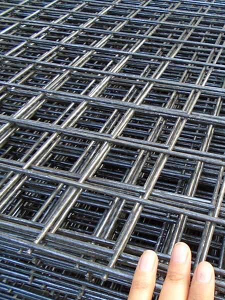 Grigliati in ferro medicina castel maggiore recinzioni for Grigliati in ferro per terrazzi